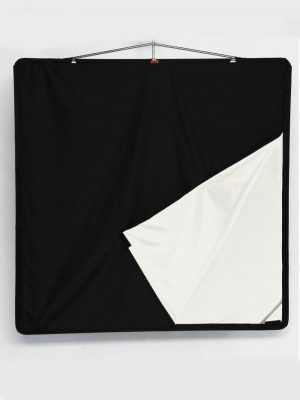 Ultrabounce black white Floppy – 120x120cm 48''x48''