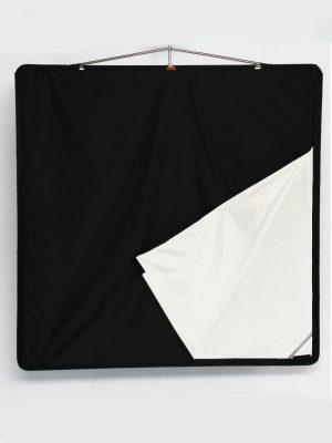 Ultrabounce black white Floppy – 120x120cm 48''x48''